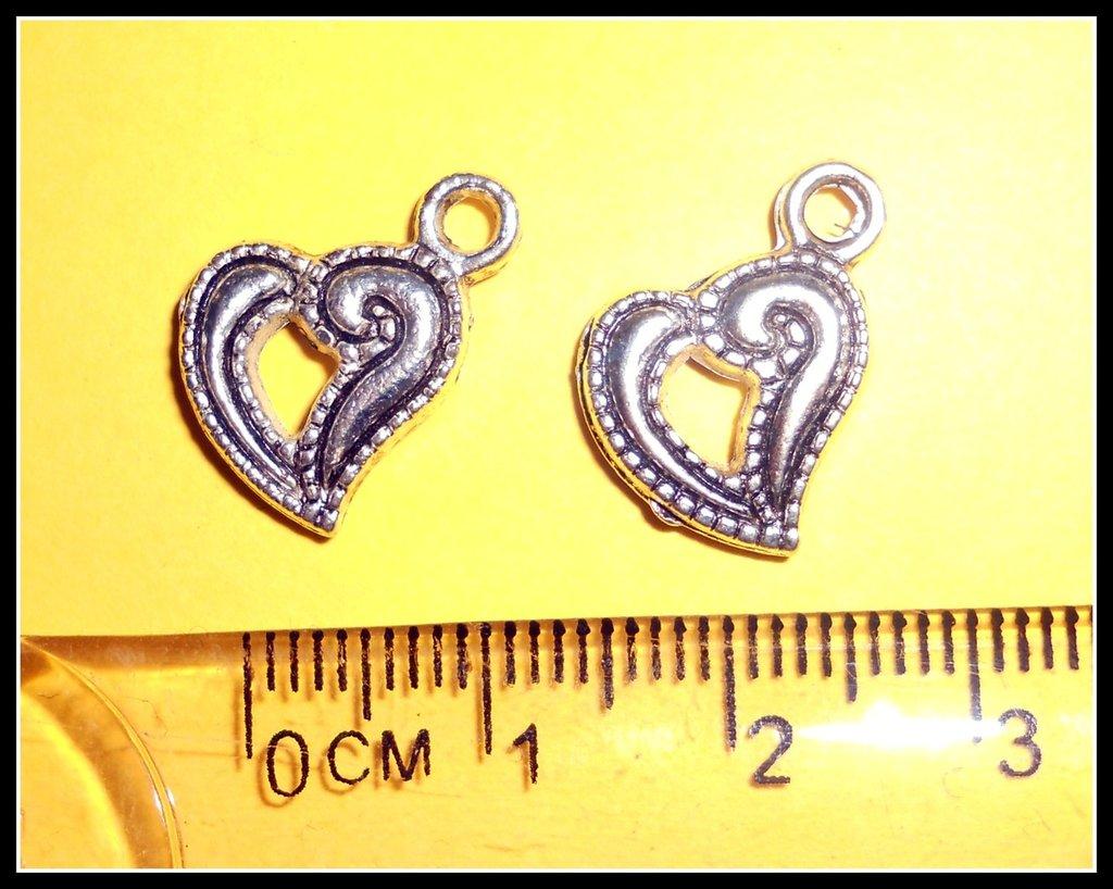 5 ciondoli a forma di cuore