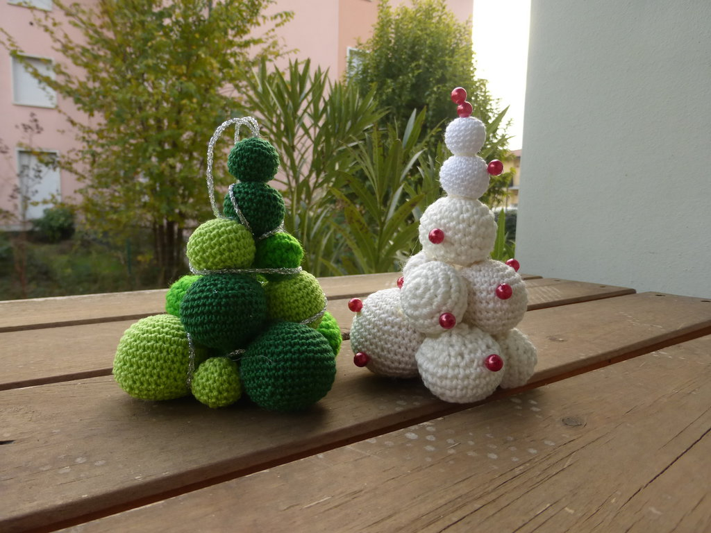 Tutorial pallina di natale ad uncinetto | Crochet Christmas ball • Katy  Handmade - YouTube | 768x1024