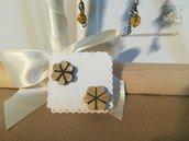Orecchini vintage bottoni legno a fiore. Bijoux earrings.