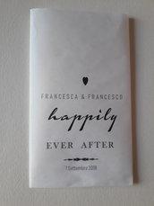 20 sacchetti carta personalizzati  per confettata o portariso + 20 mollettine cuore bianco
