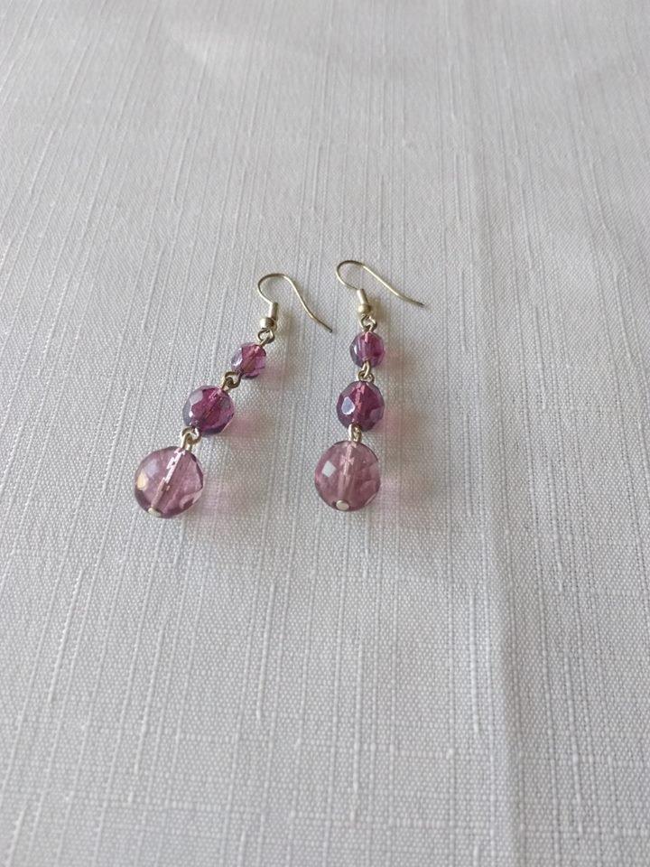 orecchini  con perline  in  mezzo cristallo