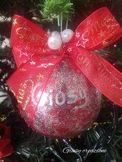 Sfera natalizia di 8 cm con glitter rossa e argento con nome