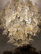 Fiori appesi o gocce, ricambi per lampadari di Venini, Carlo Scarpa, Vistosi, in vetro soffiato di Murano, color polvere oro