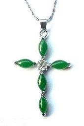 Collana donna con ciondolo croce autentiche giade verdi e zircone chakra cristalloterapia