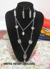 Collana con perle stile Murano e catena argentata