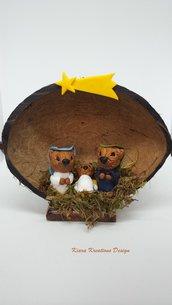 Presepe di cani chow chow in fimo nella noce di cocco, presepe in miniature come idea regalo natale per amanti dei cani