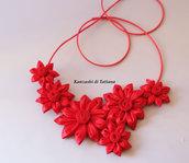 Collana kanzashi con fiori 1.7 colore rosso
