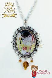 Collana con ciondolo cammeo ovale Bacio di Klimt