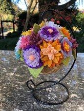 Pomandar con iuta e fiori di feltro