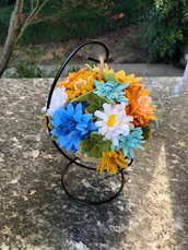 Pomander con fiori di feltro e iuta