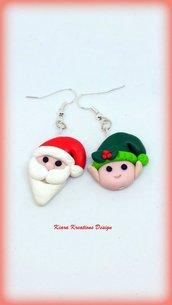 Orecchini natalizi con babbo natale ed elfo, gioielli in fimo natalizi come regalo di Natale per bambina