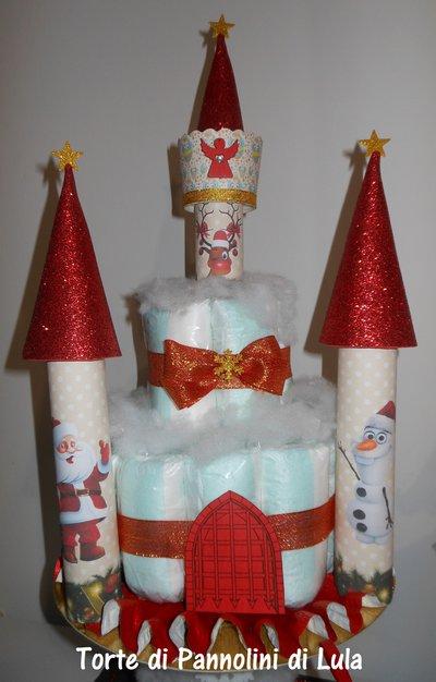 Torta di Pannolini Castello Natalizio idea regalo Natale nascita neonato baby