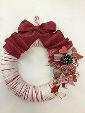 Ghirlanda natalizia panna e rosso