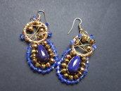 Orecchini con perline azzurre e dorate