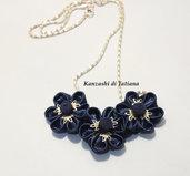 Collana kanzashi con fiori 2.3 colore blu notte