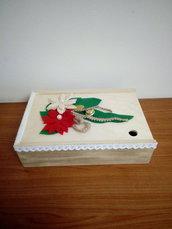 Scatole floreali con coperchi scorrevoli