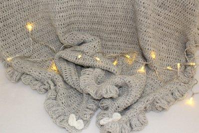 coperta grigia uncinetto