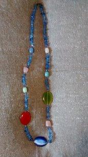 Collana con vetri di murano colorati lunghezza media