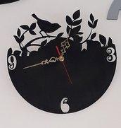 Orologio da parete intaglio con il laser nel compensato e dipinto a mano