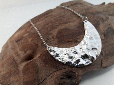 Collana da donna Minimalista in Acciaio con Luna martellato - WSN02