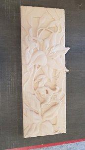 Fiore intagliato nel legno