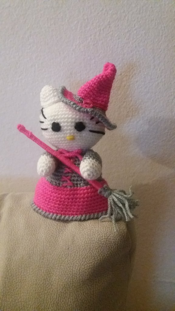 Amigurumi Befana by SuniMam on DeviantArt | 1024x576