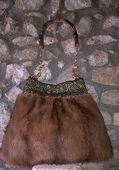 borsa vera pelliccia e bordura ricamata