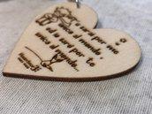 Portachiavi cuore in legno Inciso