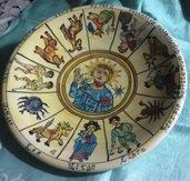 Piatto murale di maiolica artistica dipinto a mano con segni zodiacali mediovali