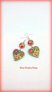 Orecchini colorati con cuore in fimo e resina, idea regalo san valentino per lei