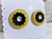 Orecchini bottoni vintage in resina. Giallo. Anni 70 con strass e fommy  Idea regalo donna San Valentino Mamma Compleanno