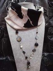 3in1 Foulard + Collana. Pietre dure, madreperla, Onice, agata, nero bianco grigio