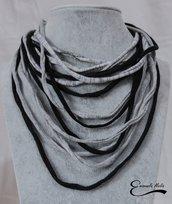 Collana donna morbida in fettuccia di cotone intrecciata colore grigio e nero