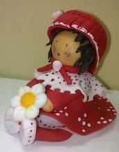 Bambolina  con vestitino rosso e bianco