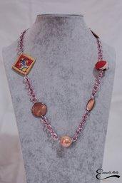 Elegante Collana donna in pietre dure. Rombo dipinto a mano e madreperla arancio marrone