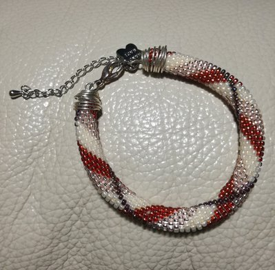 Bracciale di perline a tubolare bead crochet