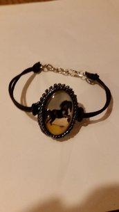 braccialetto con cabochon cavallo