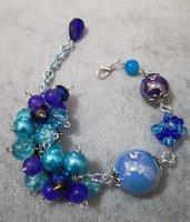 Luminoso Bracciale in pietre dure. Blu e azzurro. Regolabile donna