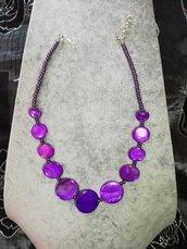 Collana in madreperla viola rotonda perle cerate donna regolabile pietre dure