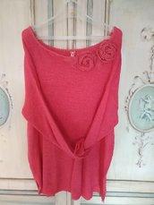 maglia donna estate con decorazione fiori a uncinetto color corallo elegante