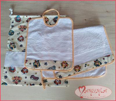 SET ASILO PAW PATROL BEIGE 3pz con tela aida da ricamare a punto croce (ASCIUGAMANO+BAVETTA+SACCA)
