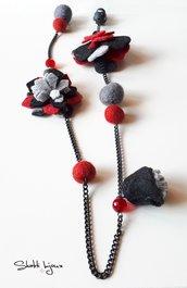 """collana metallo nero e lana cotta """"fiori d'inverno"""""""