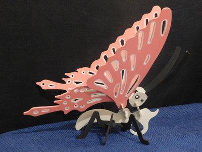 Puzzle 3 D farfalla in legno colorato