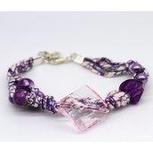Bracciale con perle viola e rosa fatto a mano