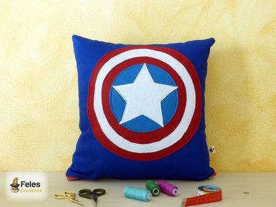 Cuscino ispirato a Capitan America