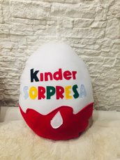 Cuscino kinder sorpresa ovetto