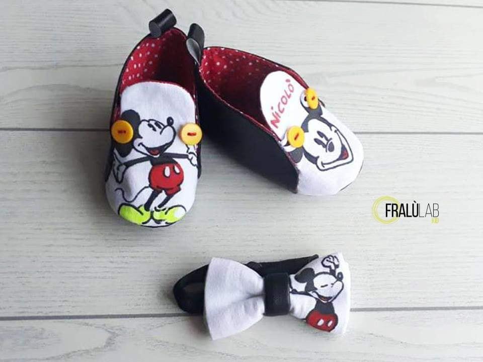 sports shoes 41ffc c4bd5 Scarpe bimbo Topolino + papillon