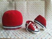 SET cappellino e scarpine in stile CONVERSE ALL STAR a uncinetto in puro cotone