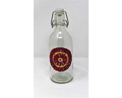 Bottiglia in Vetro con decoro frontale in Mosaico nelle tonalità del Rosso e Oro