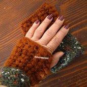 Mezzi guanti ad uncinetto